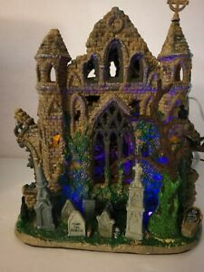 2006 Retired Lighted Lemax Spooky Town Gothic Ruins #65342 *READ*