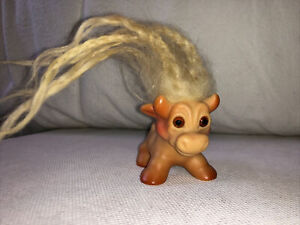 Rare Vintage 1964 Dam Things Cow Troll~Horns and udder