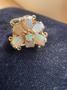Gorgeous 14k Opal Cluster Flower Yellow Gold Ring Size 5