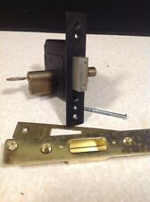 Euro cylinder lock with lock with key