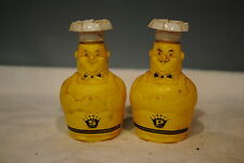 VINTAGE COLLECTABLE PAIR PLASTIC CHEFS SALT OR PEPPER SHAKERS