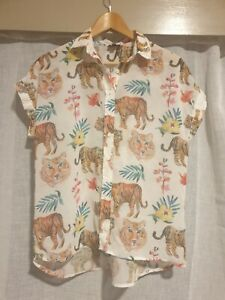 Origami Doll Floral Tiger Jungle Print Button Up Tee animal