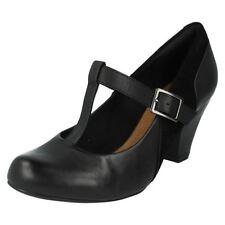 Zapatos de tacón de mujer de color principal negro de piel Talla 39.5
