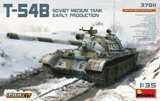 MiniArt T-54B Soviet MBT 37011-1/35