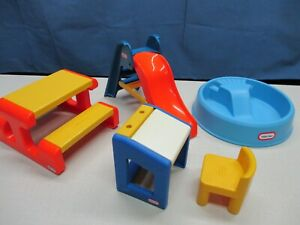 LITTLE TIKES DOLLHOUSE FURNITURE POOL SLIDE DESK CHAIR PICNIC TABLE