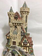 "David Winter ""Guardian Castle"" Mint 1993 No Coa or Box #4839/8490 Hologram"