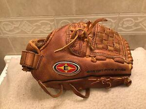 "Easton Five Star F11 11"" Youth Baseball Glove Right Hand Throw"
