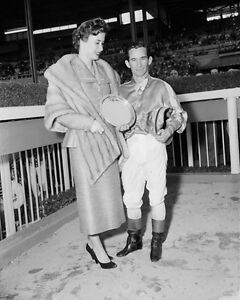 Champion Racehorse Jockey BILL WILLIE SHOEMAKER w/ Wife Glossy 8x10 Photo Print