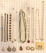 Estate Vintage Jewelry Lot - Gold & Silver - 22 pc