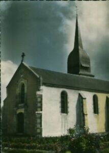 Carte Postale ancienne Le Perrier place de la mairie et l'église 85 Vendée