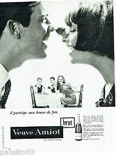 PUBLICITE ADVERTISING 126  1964  le vin mousseux brut   Veuve Amiot