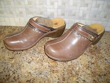 WOMENS CLARKS CLOGS SIZE 10 WOMANS SLIP ON CLOGS SIZE 10 WOMENS SHOES SIZE 10
