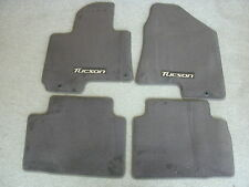 Hyundai Tucson factory carpet floor mats