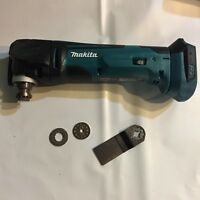 Makita 18volt XR Oscillating Multi Tool XMT03Z w blade and adapters NEW