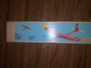 Carl Goldberg Gentle Lady 2 Meter Sailplane Airplane kit