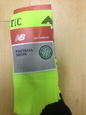 Celtic Home goalkeeper socks 2016 -2017 NEW medium Yellow ( box 18 ) New Bal