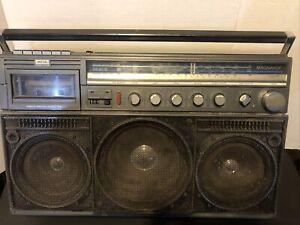 Magnavox D8443 Power Player BoomboxAM FM Shortwave Radio Cassette (tape No Work