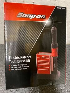 Snap on electric ratchet toothbrush