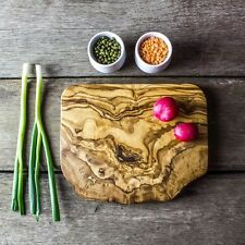 Rustic Olive Wood Chopping / Cheese Board - 21cm x 14cm x 1.75cm (F2CPN21)