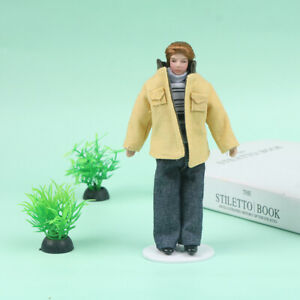 1:12 Doll House Victorian Ceramic Doll Model Movable Yellow Coat Young Man KT