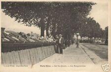 CPA Paris Vécu Bouquinistes sur les Quais (f2182)