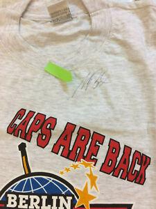 Basler-Fußballer-Rarität T-Shirt Größe L mit Original Unterschrift von Mario