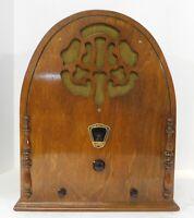 Beautiful Antique 1931 Gloritone Model 26 Cathedral Radio