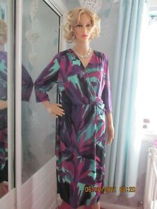 WOMEN MARKS AND SPENCER PERUNA CLASSIC DRESS SIZE 18 NEW WITH TAG