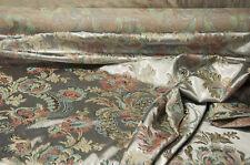 Scampoli di Tessuto in raso jacquard dal motivo barocco