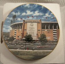 "1994 Delphi Bradford Exchange Memorial Stadium Plate No. 6039A 8 1/4"" Diameter"