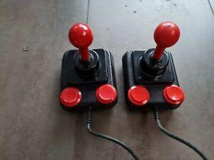 Joystick Competition Pro  Commodore, Amiga, C64, VC20, Atari (9 Poliger Stecker)