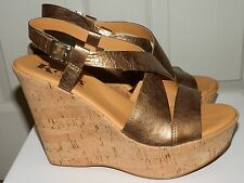 Kork-Ease Bronze Gold Leather Sandals Platform Wedge Sz 7/38 Excellent condition