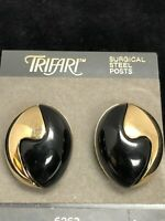 Vintage TRIFARI Gold Tone and Black Pierced Earrings CHUNKY RUNWAY RETRO NOS