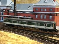 Marklin Z Green/White Baggage Car