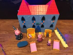 Peppa pig Bundle Playset Blue deluxe king castle House Furniture Figures PLS RD