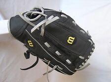 "Wilson A200 Series Dual Hinge 10.5""Youth Baseball Glove Black Grey RH Thrower"