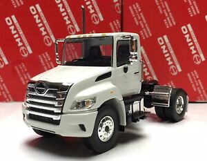 NEW Hino XL Diecast Tractor Collectible model Truck First gear 1:43 1/43
