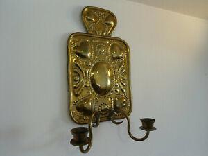 Sehr alter Wandkerzenhalter / Leuchter aus Messing
