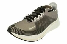 Scarpe da ginnastica da uomo bianco Nike Nike Zoom