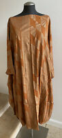 NWOT MANAOLA Hawaii Kamehameha Print 100% Rayon Kaftan Dress, One Size