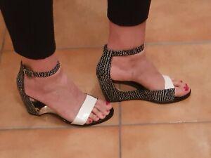 Schuhe Damenschuhe Sandalen Gr 40 UN United Nude Farbe grau weiß wie neu