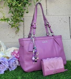 Coach 17721 gallery 2pc pleated leather tote + wallet purse handbag purple mauve