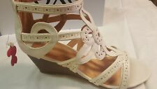 XOXO WOMEN'S *SOLA-S WEDGE SANDALS* COLOR~WHITE SIZE 9 M