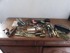 très beau lot d objets de vitrine brocante jouets bijoux couverts..
