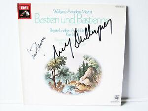 LP SIGNED BY ADOLF DALAPOZZA & KURT MOLL ! Mozart Bastien & Bastienne