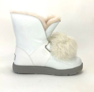 Ugg Isley Patent  Waterproof  Removable Pom Pom Women Winter White Boot Size 7