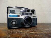 Vintage Kodak Instamatic 804 Camera w/ Ektanar 38mm f/2.8 Lens