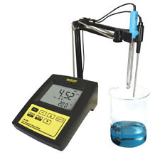 Milwaukee Instruments pH/Temperature Laboratory Bench Meter Tester MI150-US