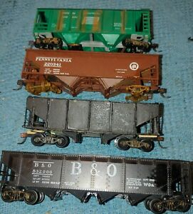 Ho Scale Hoppers One With A Cover Lot Of 4 Pieces