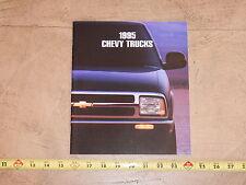 ORIGINAL 1995 CHEVROLET TRUCK AUTOMOBILE DEALER SALES BROCHURE (lot 311)